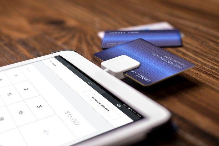Visa Card Number Free Mobile Credit Card Cool Business Cards Credit Card Readers