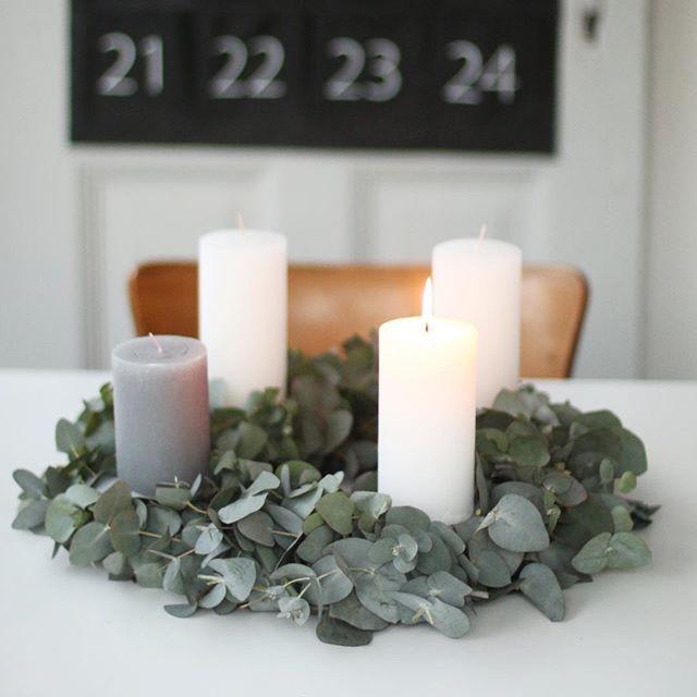 Schlichter Adventskranz aus Eukalyptus