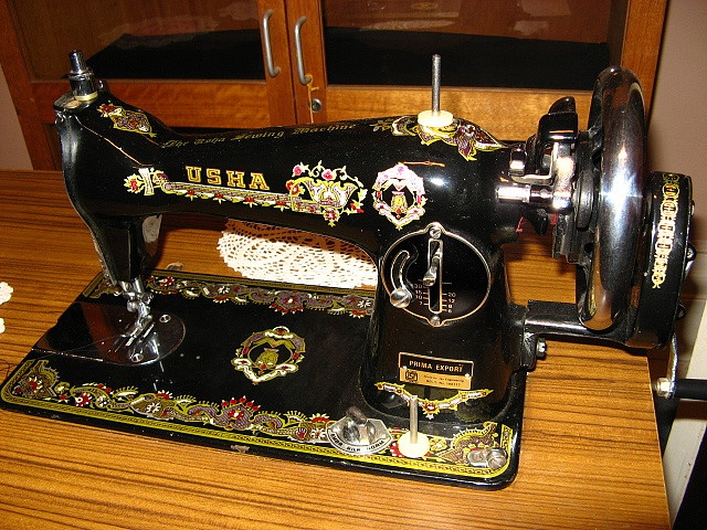 Best sewing machines images on pinterest antique