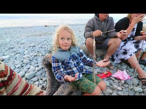 GOLD PANNING FOR JAKEYS 6TH BIRTHDAY | Bus Life NZ | Episode 82 - YouTube