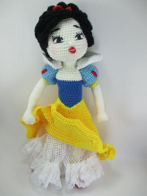 Free Crochet Pattern For Snow White Dress : Snow White Handmade Crochet Amigurumi Doll