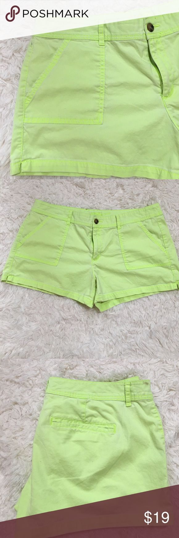 Arizona Jeans Lime Green Shorts w/pockets Size 19 Very cute Lime Green 👒 shorts Arizona Jean Size 19...pockets in both front and back...Summer is coming...!!!...🌞 Arizona Jean Company Shorts Jean Shorts
