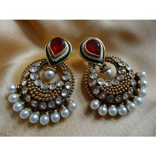 Kundan pearl earrings