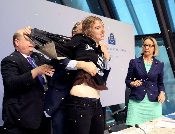 Ζοζεφίν Βιτ: Γιατί επιτέθηκα στον Ντράγκι - Η Ελλάδα, τα κονφετί και ο φεμινισμός [εικόνες] | iefimerida.gr