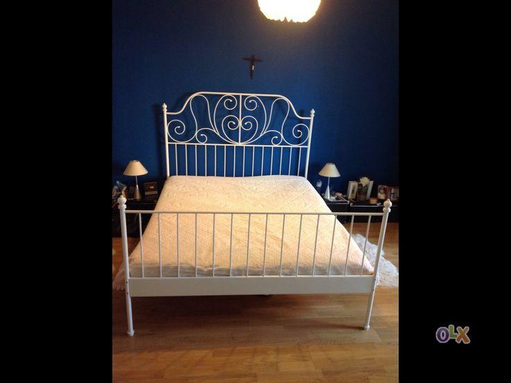 Cama ferro branco (1,60x2,00m) com colchão esponja. Quase sem utilização.
