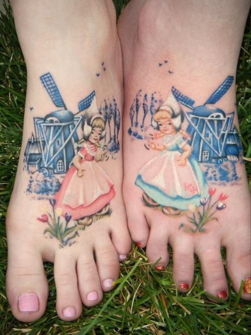 Sweet Dutch Doll Tatoos! (I'm not certain as to whether these are permanent or not.Um?)