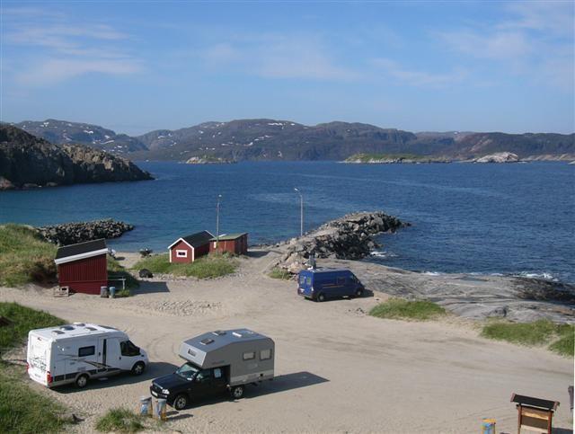 Kirkenes Wale Grense Jakobselv Wohnmobil-Stellplatz am Barentssee Randmeer des arktischen Ozeans Norwegen Russland