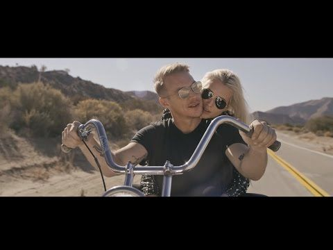 Major Lazer - Video Be Together feat Wild Belle