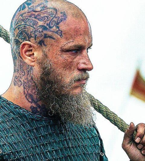 Ragnar viking 39 s tattoo on head vikings tattoos for Ragnar head tattoo stencil