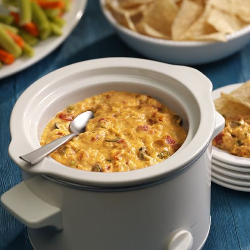 RO*TEL Hearty Bean Dip: Mexican flavors in this dip give a little kick to every scoop.