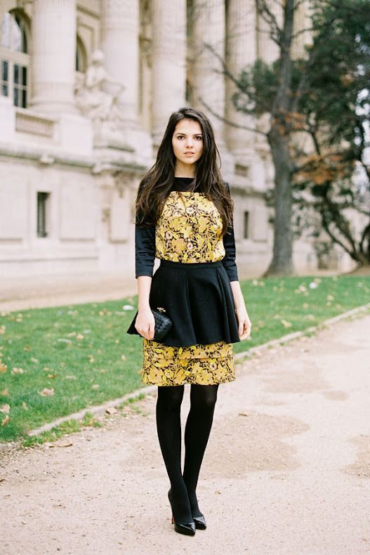 Vanessa Jackman: Paris Fashion Week AW 2012...Doina: Vanessa Jackman, Color, Street Style, Modest Fashion, Paris Fashion Weeks, Black Gold, Fall Fashion, Fall Dresses, Peplum Dresses
