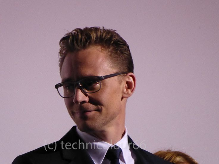 Tom Hiddleston at the London Film Festival High-Rise Q&A. Odeon, Leicester Square. October 9th 2015. Via Torrilla (https://m.weibo.cn/status/4127014598422817#&gid=1&pid=9 )