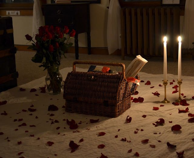 Romantic indoor picnic