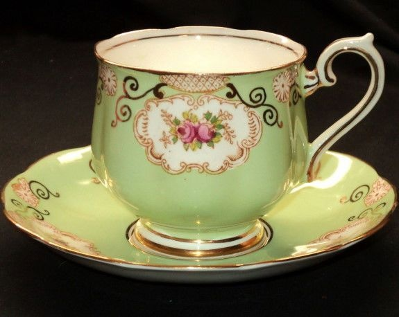 Royal Albert  - Un-Named  Green