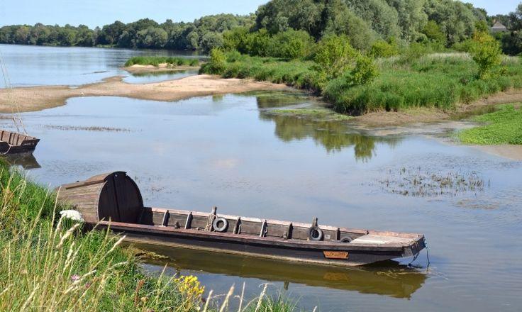 Toue sablière à Guilly (Loiret)