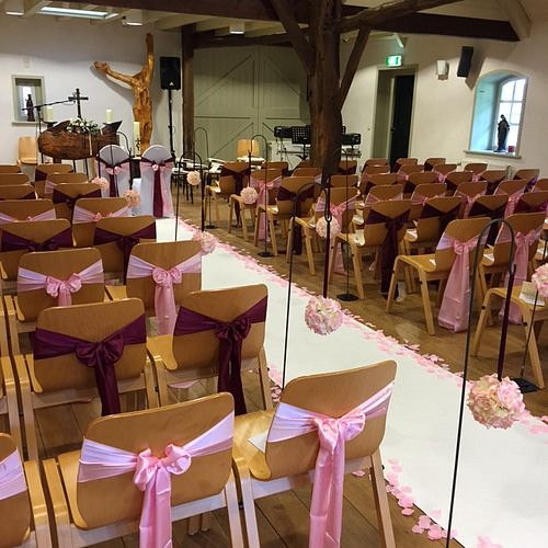 #roze #aubergine #styling  Bruiloft Alice & Rowan  Weddingplanner: Prachtige Plannen weddings & events  Fotocredits: Percy's