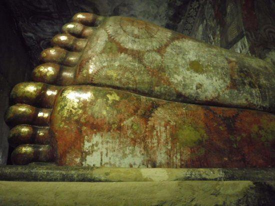 Foto de Templo Dourado, Dambulla: visuale - Confira as 4.574 fotos e vídeos reais dos membros do TripAdvisor de Templo Dourado