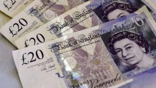 Government 2.2% savings bond goes on sale