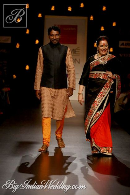 Poonam Sinha in Vikram Phadnis show in association with Swades Foundation
