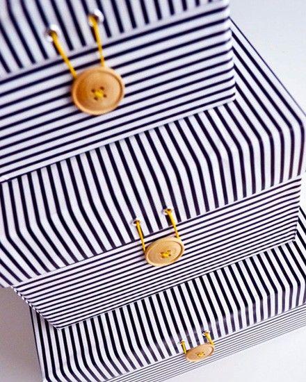 Este estilo marinero es ideal para el verano: https://www.cajadecarton.es/cajas-para-envios?utm_source=Pinterest&utm_medium=social&utm_campaign=20160616-cajas_envios