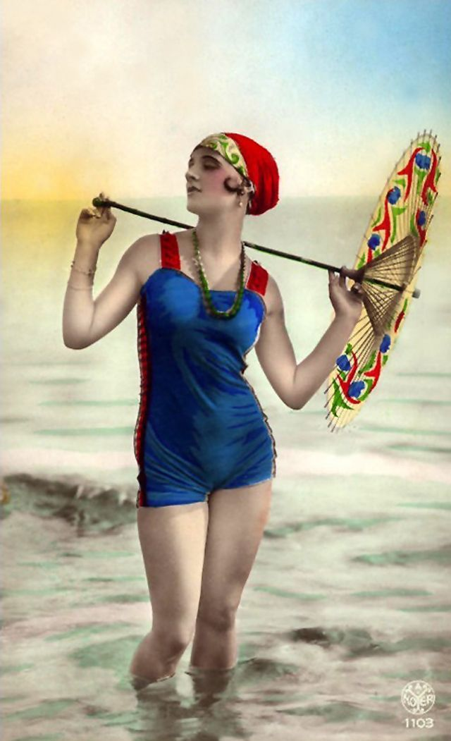 Flapper Fashion – 49 Incredible Colorized Postcards of Cool Girls in Swimsuits during the 1920s