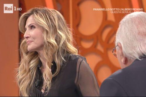 """Spettacoli: #Lorella #Cuccarini: #""""La Carrà e Dodi Battaglia mi hanno fatto venire l'orticaria!"""" (link: http://ift.tt/2hlAUvt )"""