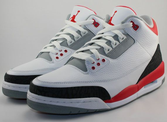 Air Jordan Iii Rétro Blanc / Gris Ciment Redbox-feu