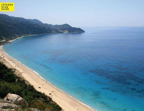 Pefkoulia | Lefkada's stunning beaches #lefkadaslowguide #lefkadazin #lefkada #pefkoulia #beach #summer #vacations