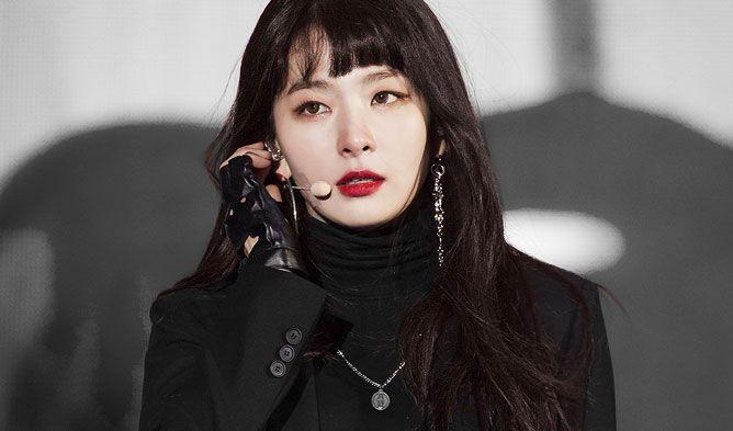 Seulgi Airport Fashion 2018 Seulgi Airport Seulgi All Black Fashion In 2020 All Black Fashion All Black Outfit Wearing All Black