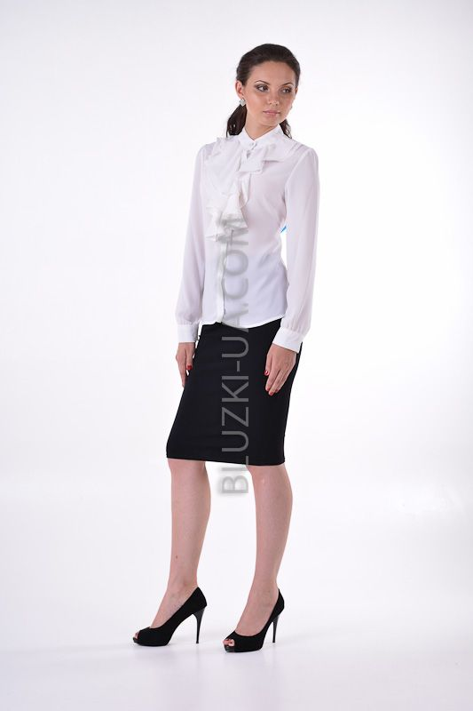 Элегантная белая шифоновая блузка с пышным жабо и перламутровыми пуговицами, купить онлайн. Интернет-магазин БЛУЗКИ UA, Украина - женская одежда и женские блузы.