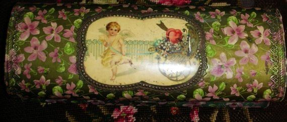 Victorian Glove Box - Precious Violets