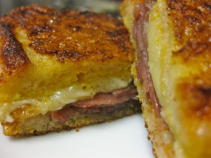 Spanish Ham and Manchego Grilled Cheese Sandwich Recipe