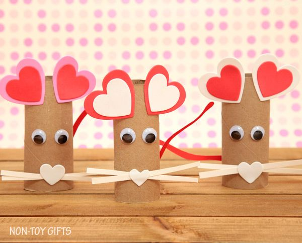 Paper roll and heart sticker Valentine mouse craft for kids
