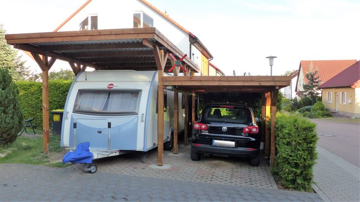 die besten 25 carport wohnmobil ideen auf pinterest einzelcarport fahrrad wohnwagen und. Black Bedroom Furniture Sets. Home Design Ideas