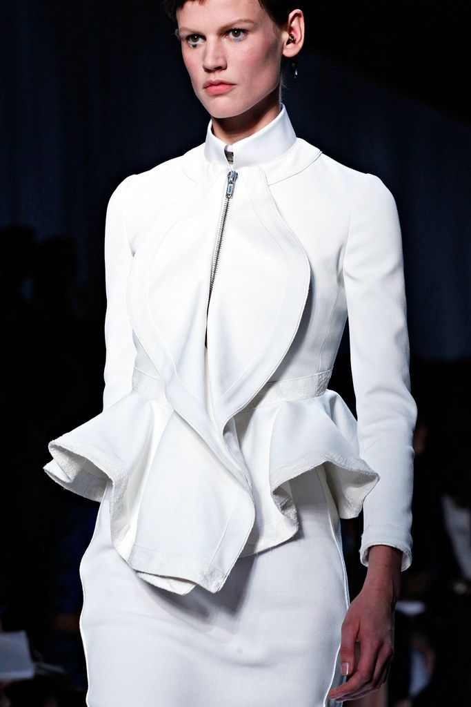 Givenchy Spring 2012 Ready-to-Wear Fashion Show Details