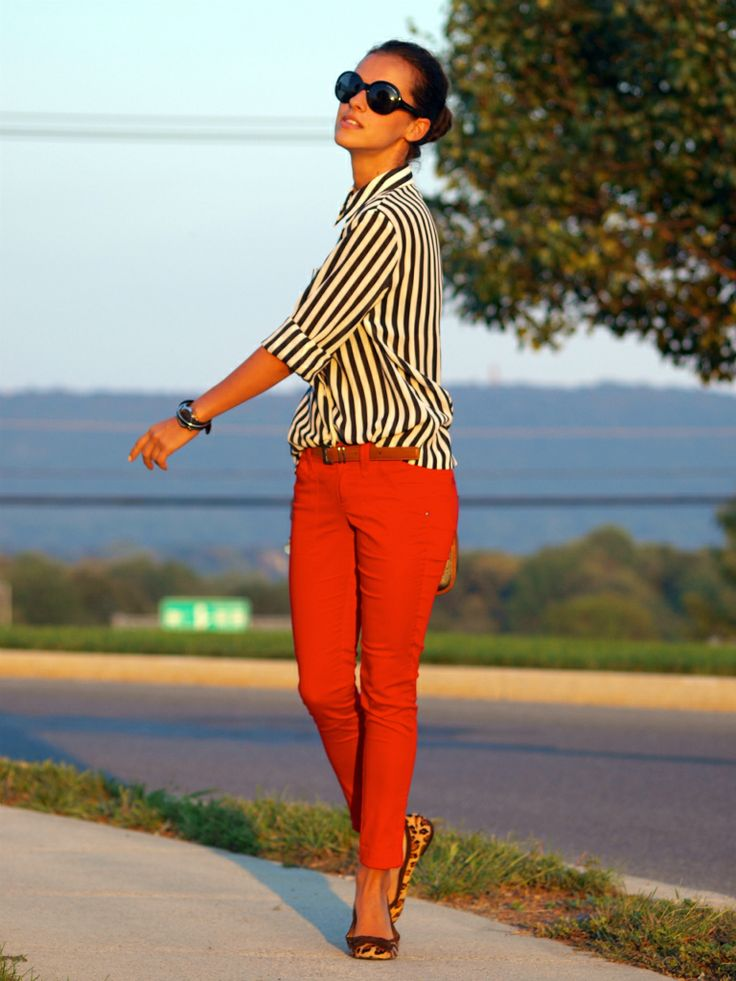 2 things i am searching to find. the perfect red pants, and a black & white button up