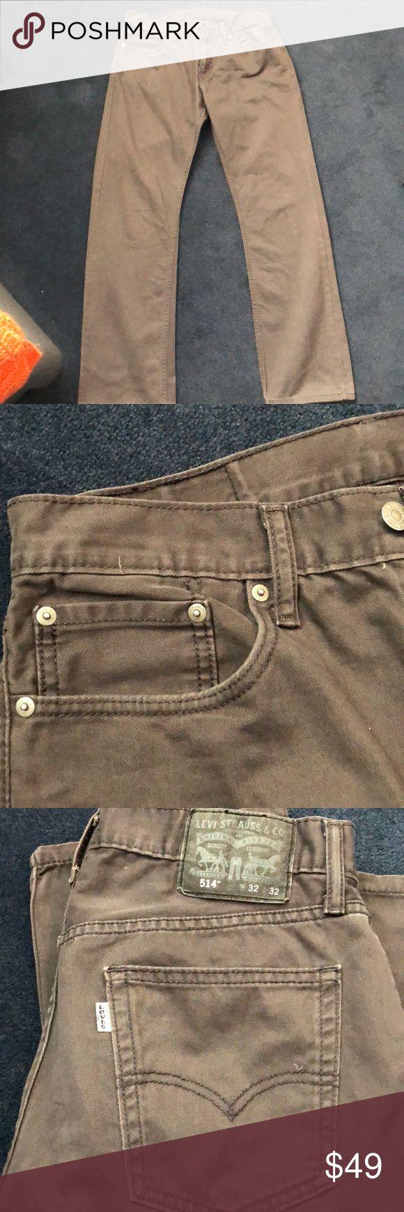 Levi 514 Mens Pants / Jeans - 32x32 - Dark Grey Gently worn - Levi 514 Mens Pants / Jeans - 32x32 - Dark Grey Levi's Pants Chinos & Khakis