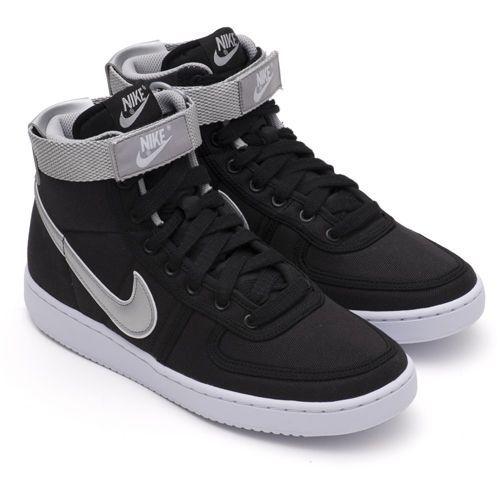 Que agradable Basura dividir  Nike schoenen in Terminator Genisys (2015) in 2019 | Nike shoes ...