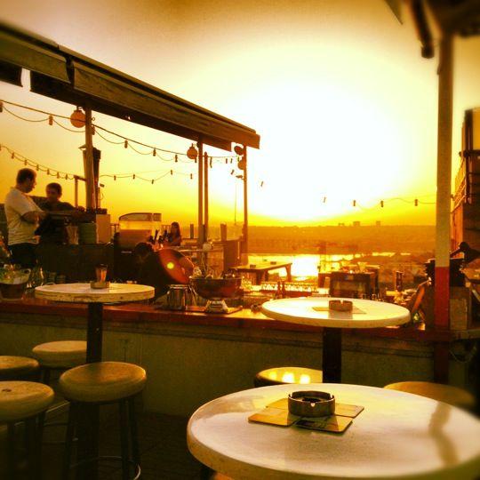 Balkon Bar in İstanbul, İstanbul