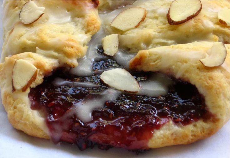 Raspberry Almond Braid ~ a no yeast dough (use cream cheese).  Luscious!!