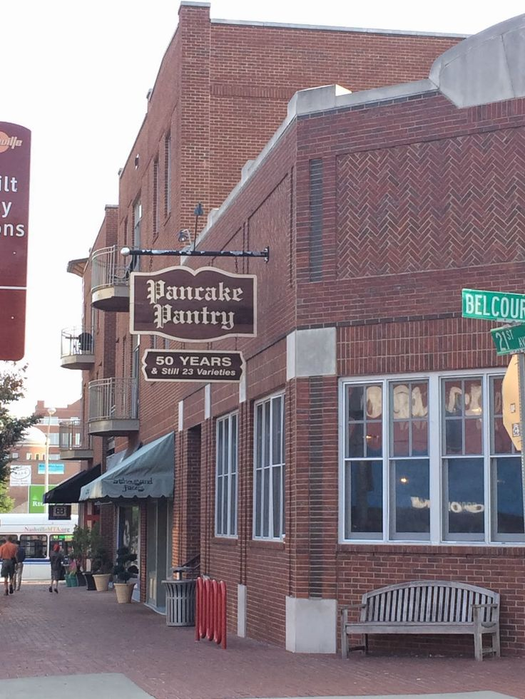 Thrift and Shout: My Guide to Exploring Nashville in 3 Days; The Pancake Pantry in the Hillsboro/ Vanderbilt area