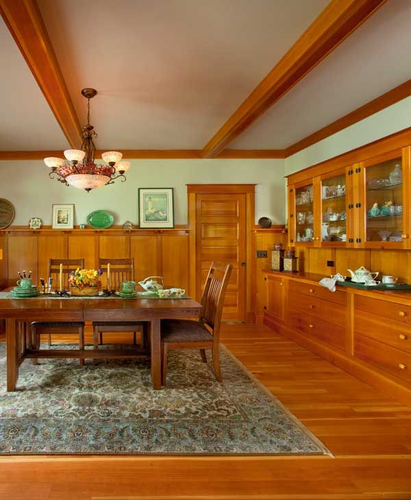 237 best images about craftsman dining rooms on pinterest for Craftsman picture rail