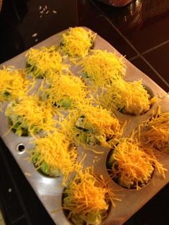 Make It Work Sam: Baked Cheddar Broccoli Rice Cups