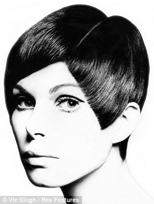 Sassoon's angle cut: Shake and it fell back into place