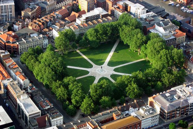 Bristol's bursting with history - #QueenSquare here is the very place where the right to vote in the UK was won for the common people when #Bristolians kicked up a stink at the #ChartistRiots.