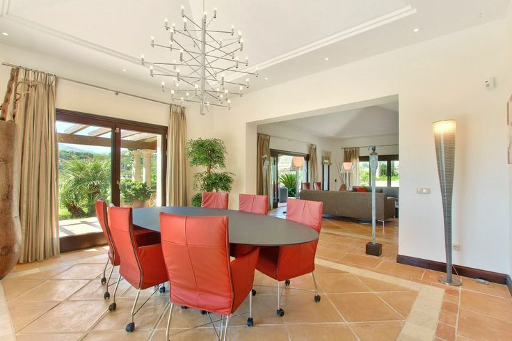 Beautiful contemporary dinning in Marbella Golfclub Resort