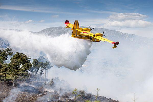 Brucia la montagna di San Michele durante la notte, il maltempo stamane ha attenuato l'incendio a cura di Redazione - http://www.vivicasagiove.it/notizie/brucia-la-montagna-san-michele-la-notte-maltempo-stamane-attenuato-lincendio/