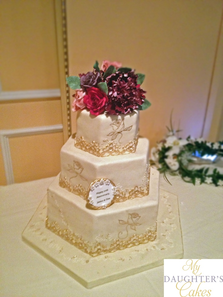 Wedding Anniversary Cake in Ivory and Gold