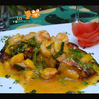 Receta finalizada!  Filete y camarones en salsa de Mango y Puerro por La Pescaderia gourmet - Cali, Colombia  Ver el detalle en: http://www.lapescaderiagourmet.com/receta.php?id=18=1