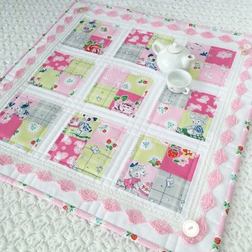 Strawberry Biscuit Coffee Time Quilt